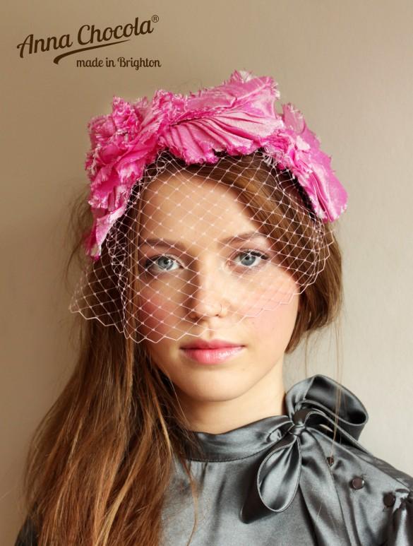 Anna Chocola Brighton Milliner- Pleated silk headpiece
